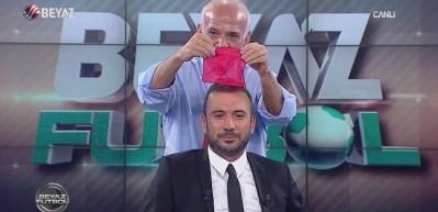Ahmet Çakar'dan canlı yayında illüzyon şov