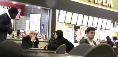 Alkışlanacak sosyal deney! Zorda kalan birine bir Müslüman...