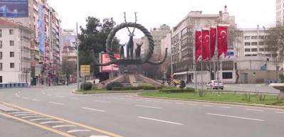 """Ankara'da """"evde kal"""" çağrısı etkili oldu"""