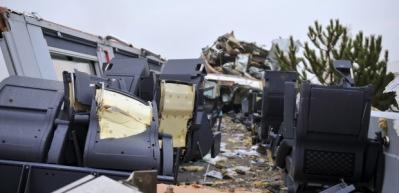 Ankara'da kaza yapan trenin vagonları görüntülendi