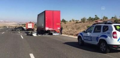 Ankara'da korkunç kaza: 3 ölü, 3 yaralı
