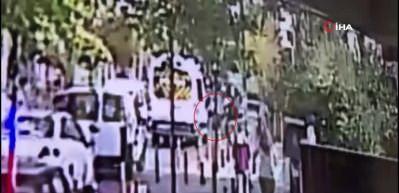 Annesinin elinden yola fırlayan minik kızın feci sonu kamerada