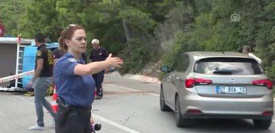 Antalya'da zincirleme trafik kazası: 1 ölü 6 yaralı