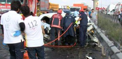 Arnavutköy'de trafik kazası: 3 ölü