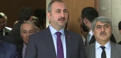 Bakan Gül'den kritik açıklamalar