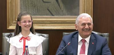 """Başbakan'ı kahkahaya boğdu! """"Yaşım yetmiyor"""""""