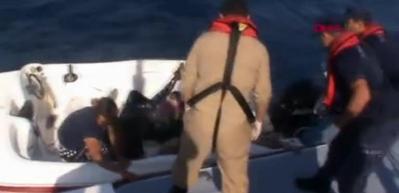 Batan teknede kaçakların kurtarılması kamerada
