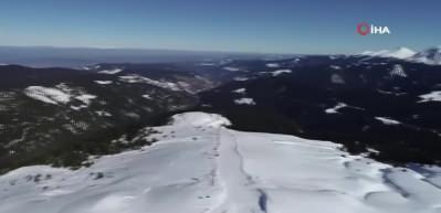 Batı Karadeniz'in en uzun kayak pisti Ilgaz Yurduntepe'ye ilgi arttı