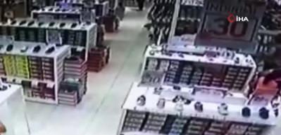 Bebek pusetinden 20 bin lira çalan hırsızlar kamerada