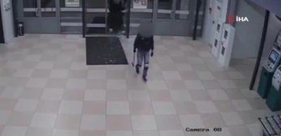 Belarus'ta alışveriş merkezine baltayla saldırı