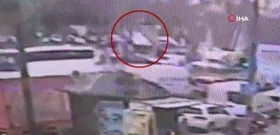 Beyazıt'taki halk otobüsü kazası kamerada!