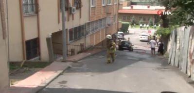 Beyoğlu'ndaki çatı yangını paniğe neden oldu