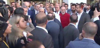 Binali Yıldırım, AK Parti İstanbul İl Başkanlığı'ndan ayrıldı