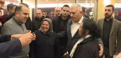 Binali Yıldırım, Ümraniye'de vatandaşlarla çorba içti