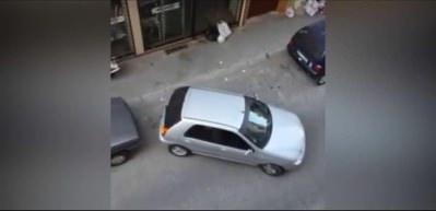 Bir türlü park edemeyen sürücü kriz geçirtti!