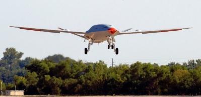 ABD'nin ürettiği 'tanker İHA' MQ-25 ilk uçuşunu yaptı