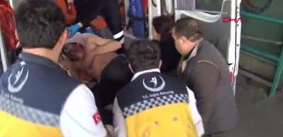 Bursa'da üzerine televizyon fırlatan arkadaşını bıçakladı