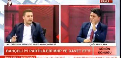 Canlı yayında İYİ Parti'den istifa edip MHP'ye geçti