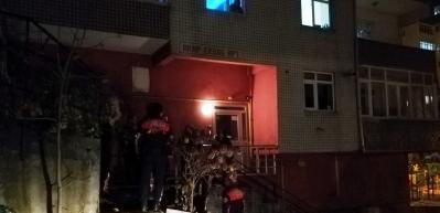 Çatıdan düşen emekli polis hayatını kaybetti