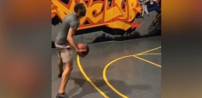 Cenk basketbolda da yetenekli