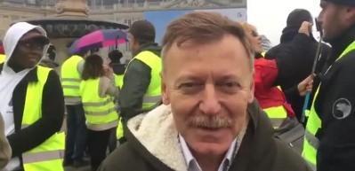 CHP'li Atıcı kendi kendini Fransa'da rezil etti!