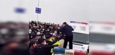 Çin'de komşu iller birbirine saldırdı
