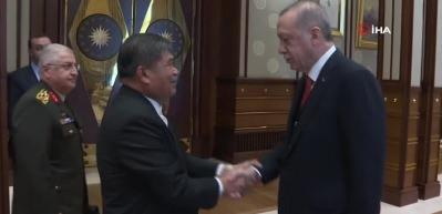 Cumhurbaşkanı Erdoğan, Malezya Savunma Bakanı'nı kabul etti