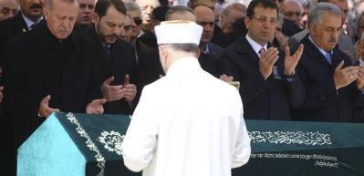 Cumhurbaşkanı Erdoğan ve Ekrem İmamoğlu cenaze töreninde bir arada