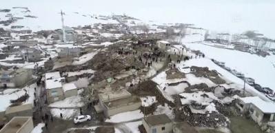Depremden etkilenen Başkale'de Özpınar Mahallesinin havadan görüntüleri
