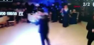 Depreme düğün salonunda böyle yakalandılar