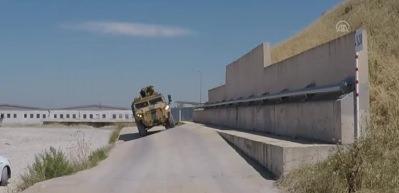 Dev askeri zırhlılar karanlıkta görünmez oluyor