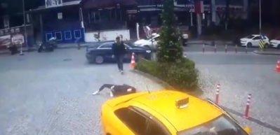 Dikkatsiz sürücü genç kızı böyle ezdi!
