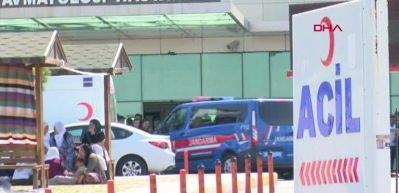 Diyarbakır'da zırhlı araç devrildi: 6 polis yaralı