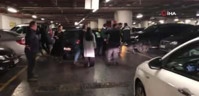 Alışveriş merkezinde park yeri kavgası