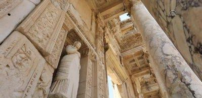 Efes, 8500 yıllık yolculuğa çıkarıyor