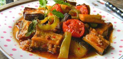 Enfes etli türlü yemeği nasıl yapılır?