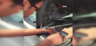 Sınava girecekti kimliği otomobilin camına sıkıştı