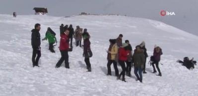 Erciyes'te doktorlara çığ eğitimi