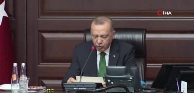 Erdoğan, AK Parti Büyükşehir ve İl Belediye Başkanları ile bir araya geldi