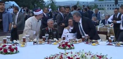 Erdoğan: 'Hepimiz 82 milyonluk Türkiye gemisinin yolcularıyız'