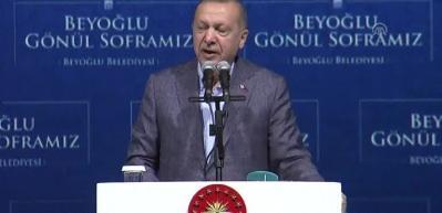Erdoğan'dan çok sert sözler: 'Sanatçı dalkavukluk yapmaz'