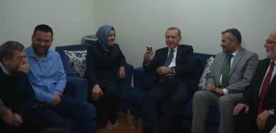 Erdoğan'ın sigara muhabbeti kahkahaya boğdu