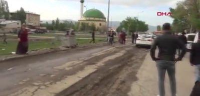 Erzurum'da meydan savaşı gibi kavga: 1 ölü, 2'si polis 14 yaralı