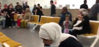Deprem anı kameralara yansıdı: Allahu Ekber