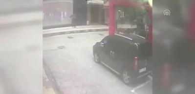 Eski nişanlısı tarafından silahla vurulan kadın yaralandı