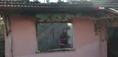 Ev yangınında 2 çocuk yanarak can verdi