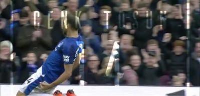 Everton'dan Cenk Tosun'a özel doğum günü videosu!