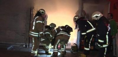 Fatih'te iş yeri yangını