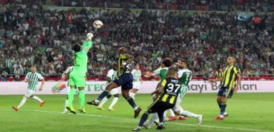 """Fenerbahçe derbi öncesi """"Elmas"""" buldu"""