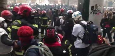 Fransa'da ortalık karıştı: Sendikalardan eylem çağrısı!